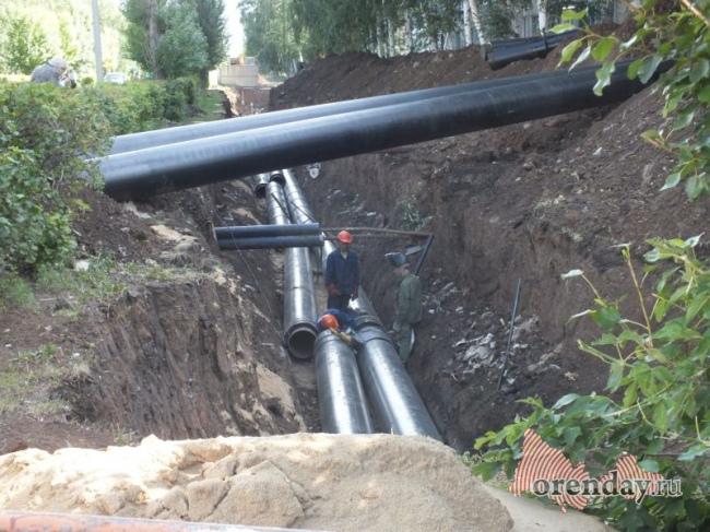 Наулице Р.Люксембург устраняют порыв наводоводе