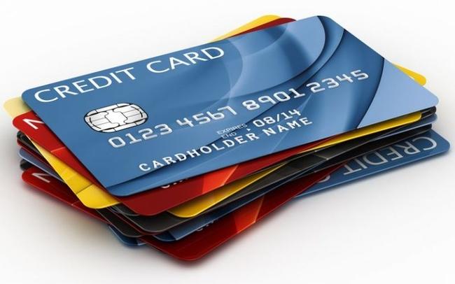 Зимой банки выдали наибольшее за4 года количество «кредиток»— НБКИ