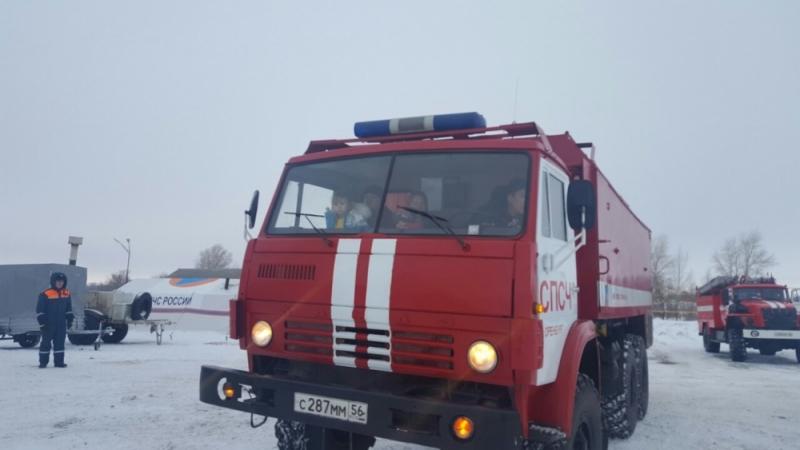 Наорской трассе перевернулась «Калина»: женщину идвоих детей спасли пожарные
