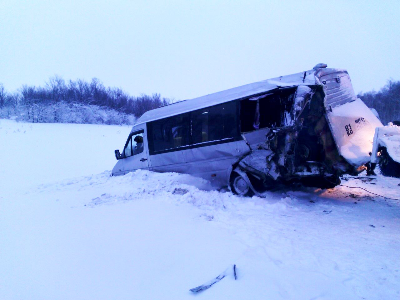 Два пассажирских автобуса столкнулись вШарлыкском районе