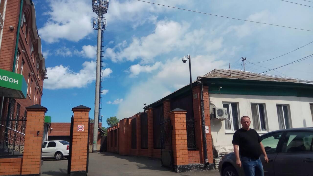 Ктушению склада комбикормового завода привлекли 30 единиц техники— Пожар ликвидирован
