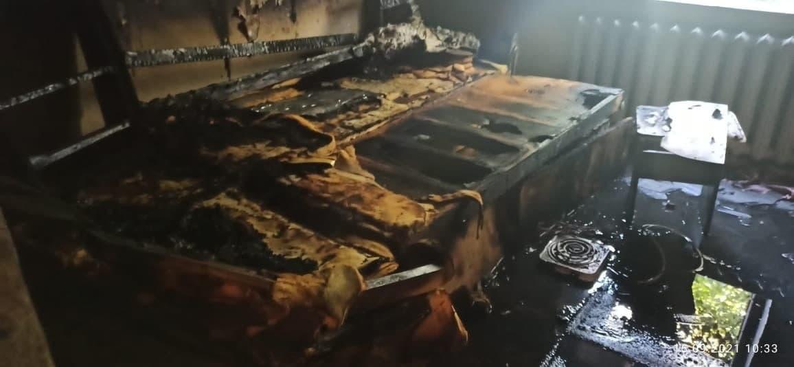 Под Соль-Илецком игравший с зажигалкой ребенок поджег собственный дом